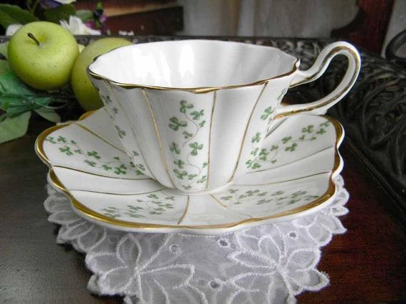 Royal Tara Teacup Tea Cup And Saucer Fine Bone China Shamrock