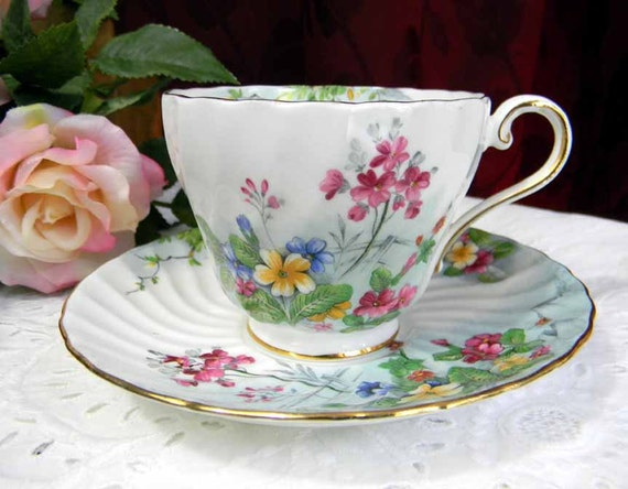 20% OFF MOVING SALE c1960 Aynsley Ribbed Floral Teacup Tea Cup and Saucer  3675