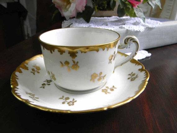 vintage limoges teacup tea cup and saucer by thevintageteacup. Black Bedroom Furniture Sets. Home Design Ideas