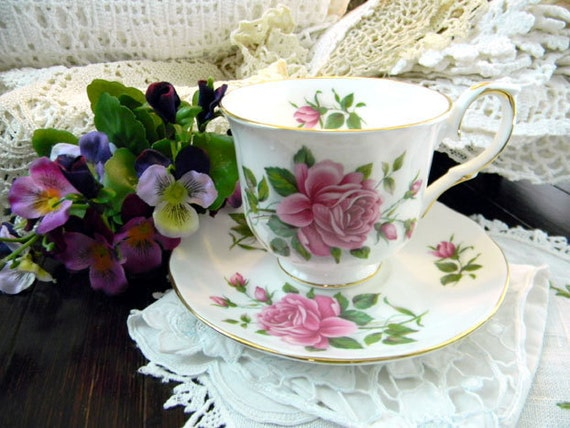 Royal Winchester Footed China Teacup Tea Cup and Saucer 8000