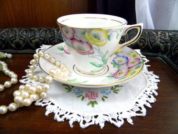 Vintage Rosina Fine Bone China Teacup Tea Cup and Saucer - Art Deco Handle - 7876