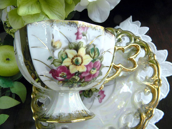 Vintage Tea Cup - Pearlized and Opalescent Teacup and Reticulated Saucer 6252