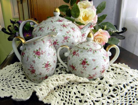 Rosebud Chintz Teapot Tea Pot Creamer and Sugar - Made in Japan 7676