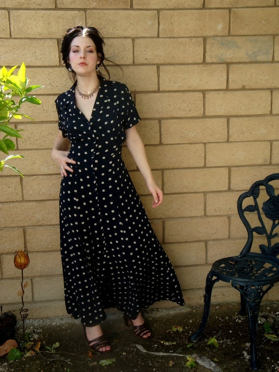 Vintage 90s Navy 40s style button up Maxi dressgrunge  tiny daisies Large