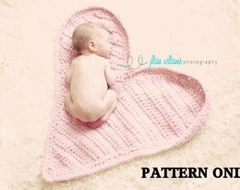 valentines crochet pattern - newborn photo props, valentines props ,  baby crochet pattern, Heart Mat crochet pattern,