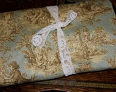 Pale Green 'Rustic Life' Toile