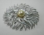 Vintage Necklace Pendant by Cathe Silvertone