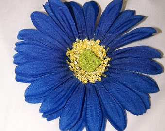 Blue Daisy Barrette