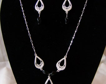 Silver Filagree and Black Necklace and Earring Set