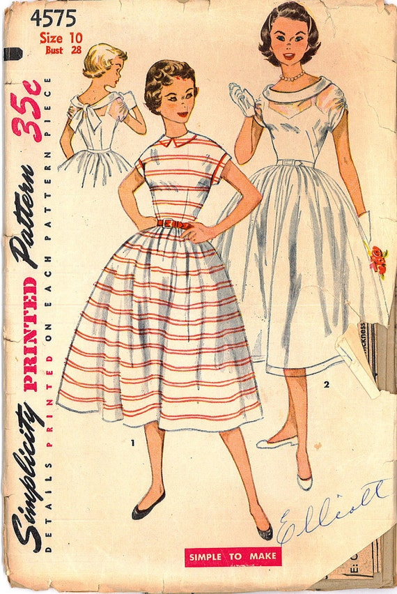 1950s Vintage Sewing Pattern One Piece Dress Simple to Make Full Skirt Simplicity 4575 Bust 28