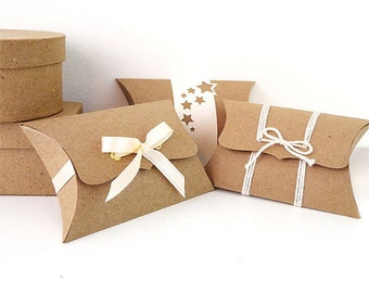Pillow Boxes, Small, 12 unique wedding favor boxes, DIY jewelry packaging, thumb drive box, product packaging, gift box