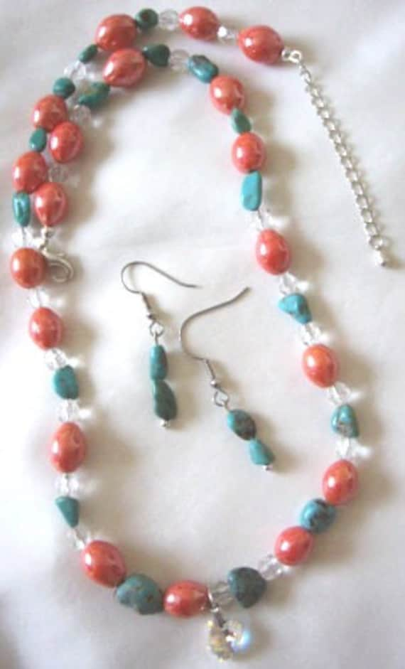 Handcrafted Turquoise chips and Orange-clear beads necklace-earring set