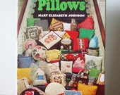 "Vintage Pillow-Making How-To Book ""Pillows"""