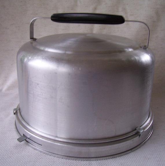Vintage round Aluminum cake carrier with locking mechanism.