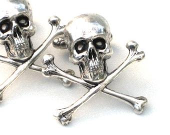 Steampunk - Pirate SKULL and CROSSBONES - Men's Cufflinks - Antique Silver - By GlazedBlackCherry