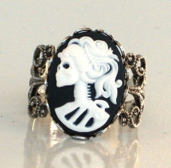Steampunk Style Cameo Ring - SKELETON LADY - Beautiful Vintage Design Antique Silver Setting - Neo Victorian Jewelry - By GlazedBlackCherry