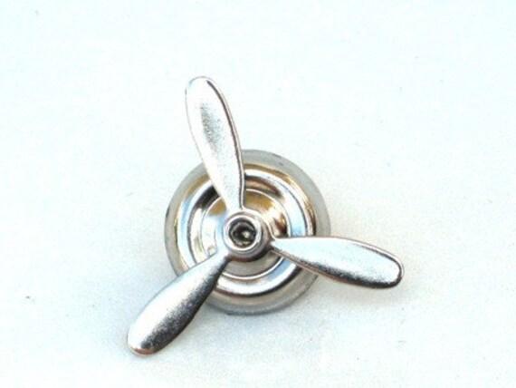 Take Flight - Airplane Propeller Tie Pin Tac - Neo Vicotirian - By GlazedBlackCherry