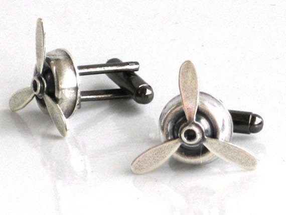 Steampunk - Airplane PROPELLER Cuff Links - Rotating Blades - Aviator - Antique Silver - Geekery - By GlazedBlackCherry