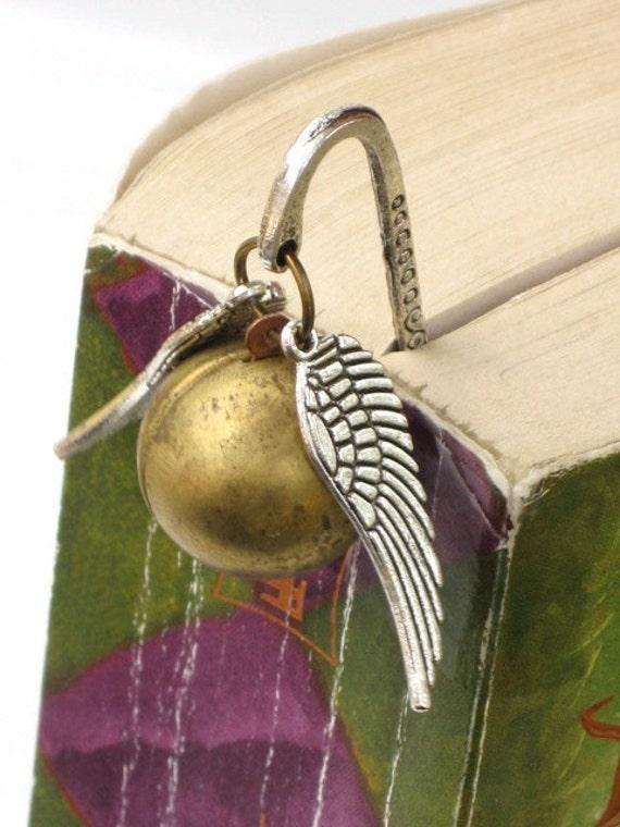 Steampunk Enchanted Magical Flying Golden Ball - BOOKMARK - Locket - GlazedBlackCherry