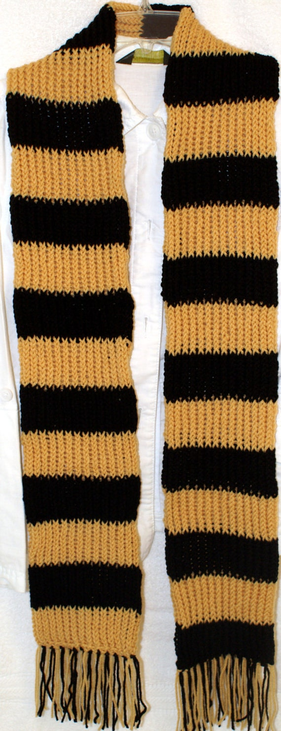 Hand knit sport scarf Yellow and Black inspired by the colors from the Hufflepuff house from Harry Potter
