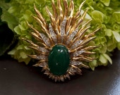 Vintage JOMAZ Sunburst Brooch w Pave Rhinestones and Green Oval Cabochon/ Free US and Canada Shipping