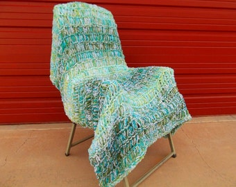 Aqua Green Blue Ombre Throw Blanket Home Decor Accent. Bumpy Tweed Texture Hand Woven Look 4x4 Afghan Lap Warmer
