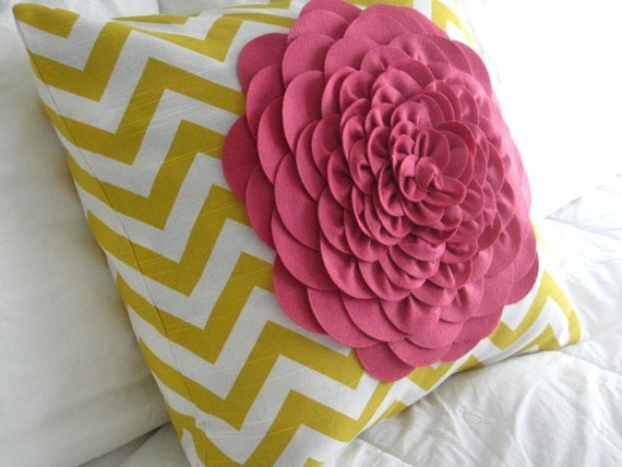 Yellow zig zag Felt flower pillow 18x18
