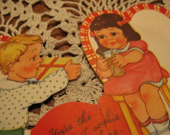 X L  Cheesy  Hi there Sweet Stuff, You're the SMARTest cookie,  Chubby cheeks  30s-40s Valentine, exc condition