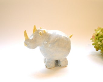 Animal Shaker - Ceramic Rhino