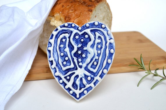 Bread Warmer - Ceramic Heart-Shaped Indigo Blue