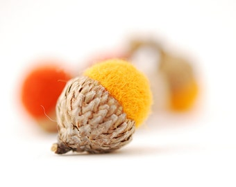 Felted Acorns, orange yellow mango tan autumn fall thanksgiving halloween harvest decor ecofriendly