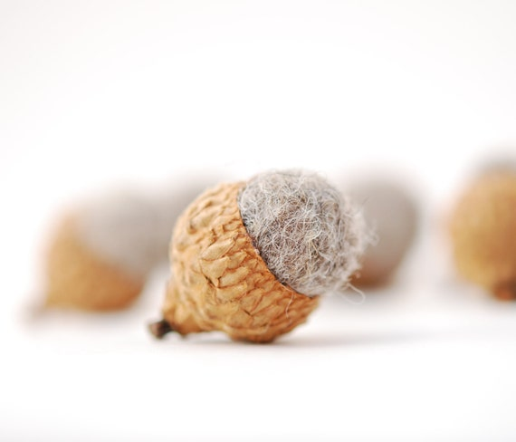 Felted Acorns, grey woodland nature  festive decor ecofriendly