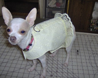 dog vest, harness vest with D ring, yellow eyelet fabric