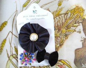 French Vintage dark blue velvet flower hair clip brooch pin.