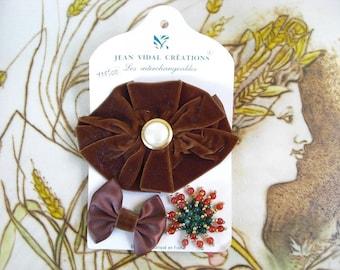 French Vintage brown velvet flower hair clip brooch pin.