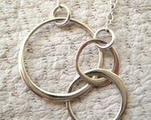 Sterling silver circle necklace, Mother necklace, Three circle links necklace, Past Present Future necklace,Infinity jewelry,Family necklace