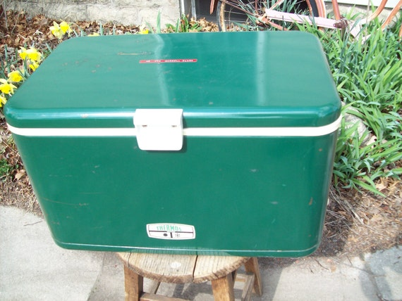 Vintage Metal Green Thermos Cooler.