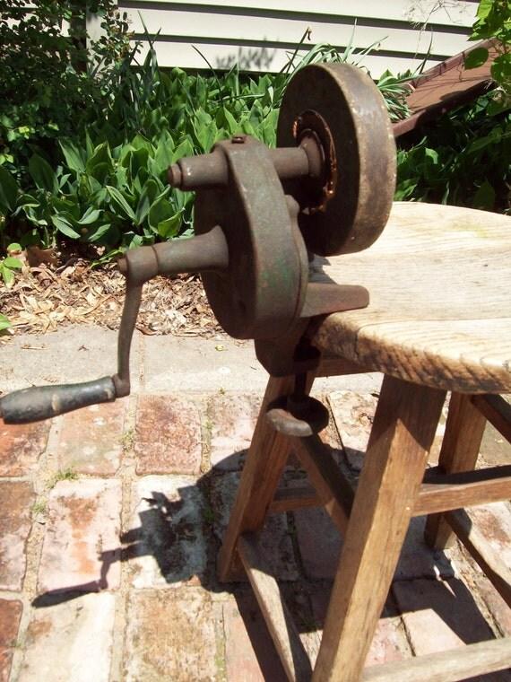 Vintage Hand Crank Grinder Sharpener.