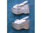 DISCO FEVER 1970s Platform Shoes