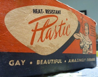 """1950s Atomic set of """"Gay"""" cups and saucers in box"""