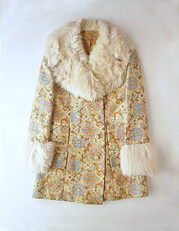 RESERVED 1970s Tapestry 2-piece Outfit with Fake Fur (Coat and Bell-bottoms)