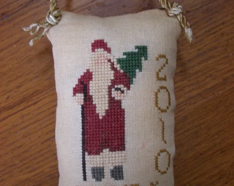 """2nd in series- """"2010"""" Christmas pillow ornament"""