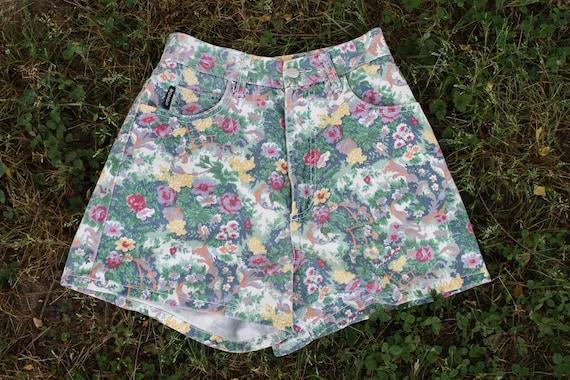 Vintage 1980s BONGO Floral PRINT high waist shorts size 5