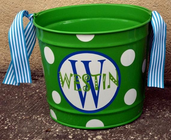 LIME GREEN 10 Quart Bucket - Easter Basket Pail -  Candy Bucket