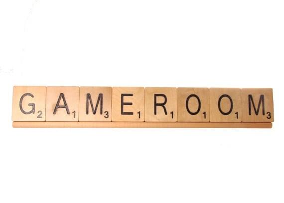 Scrabble Rack (for 8 large scrabble letter tiles)