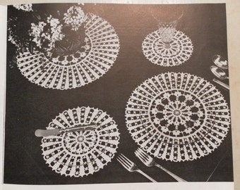 1940s  Hand Crochet Tablecloth , Runners, Placemats Pattern Book