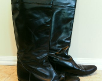 Vintage Beautiful Black Leather Knee High Womens Riding Boots 1980s Made in Italy