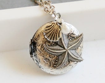 Silver Locket ,Starfish,White Pearl Silver Locket,Antique Necklace,Antique Locket, Silver,Shell.