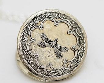 Dragonfly Silver Locket , Silver Locket,Jewelry Gift,Vintage Style Locket,Silver Bridesmaid Necklace,Wedding Necklace,38mm locket