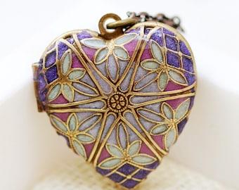 Resin Locket,Purple Heart Filigree Locket,Locket,Wedding Necklace,Bridesmaid Necklace,bridesmaid gift locket necklace